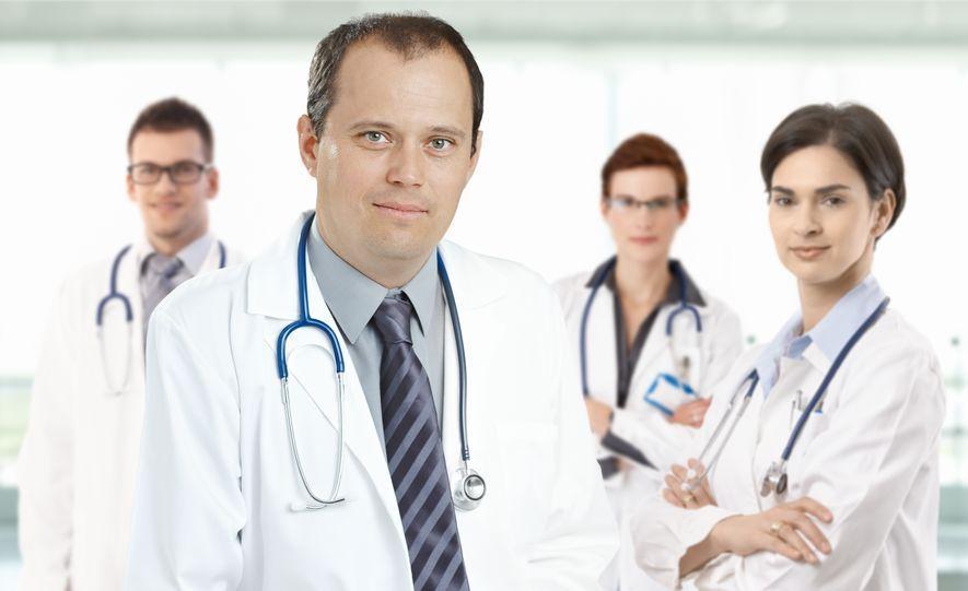 Průzkum: Osm z deseti lékařů nemá důvěru v současný systém zdravotnictví